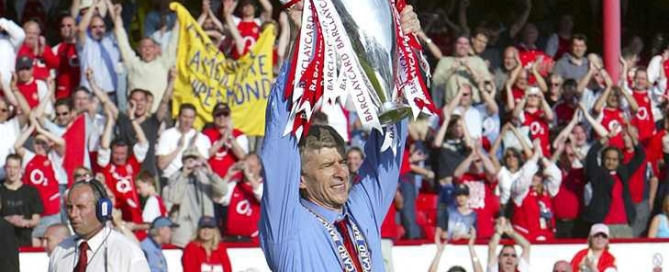 Football - Arsenal v Leicester City -  FA Barclaycard Premiership - Highbury - 15/5/04 Arsene Wenger - Arsenal Manager celebrates winning the league Mandatory Credit: Action Images / Alex Morton