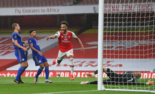 Aubameyang Leicester goal